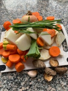 Gemüse für die Kraftsuppe