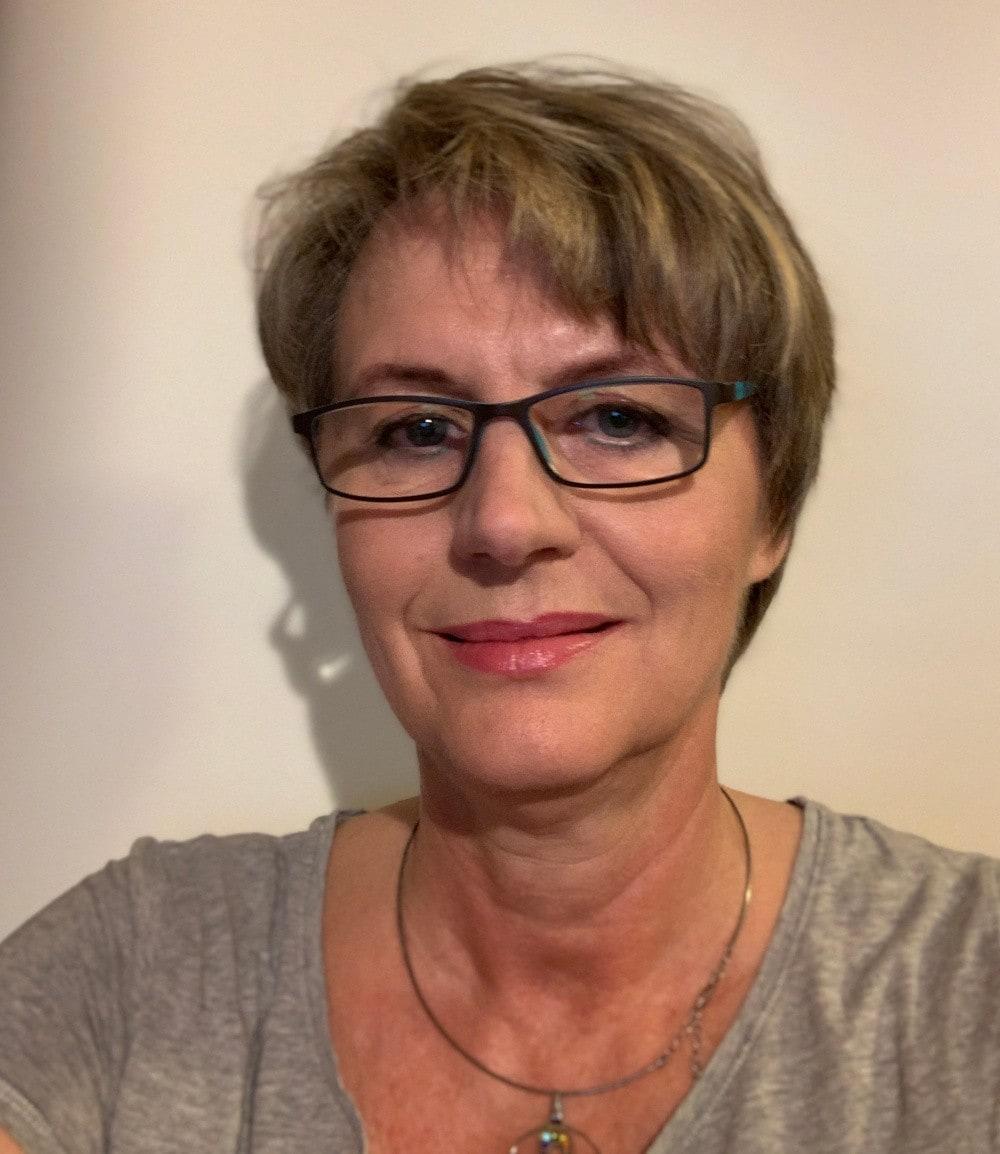 Angelika Kreuzer