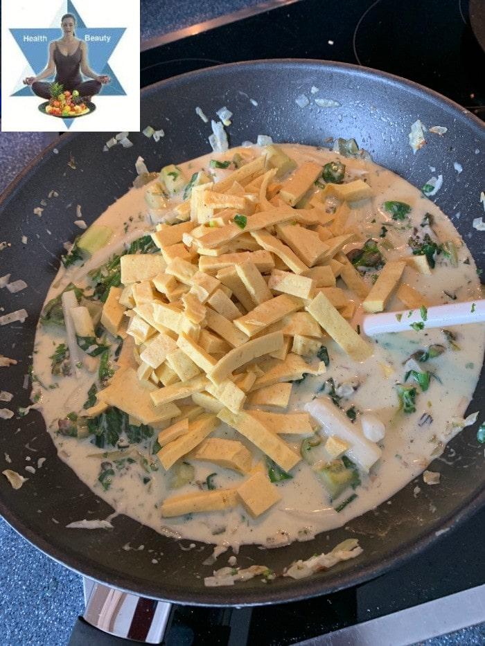 Ketogene Nudeln aus Mozzarella Low Carb Diät